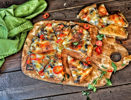 Wheat-Free Gluten-free Mini Veggie Pizza